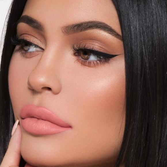 "Kylie Cosmetics Other - 💋New Kylie Cosmetics ""LA""  Lip Kit💋"